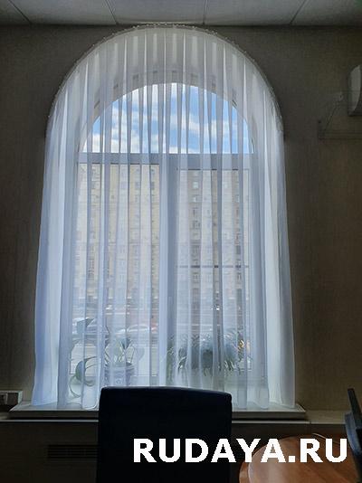 стильные шторы для гостинной